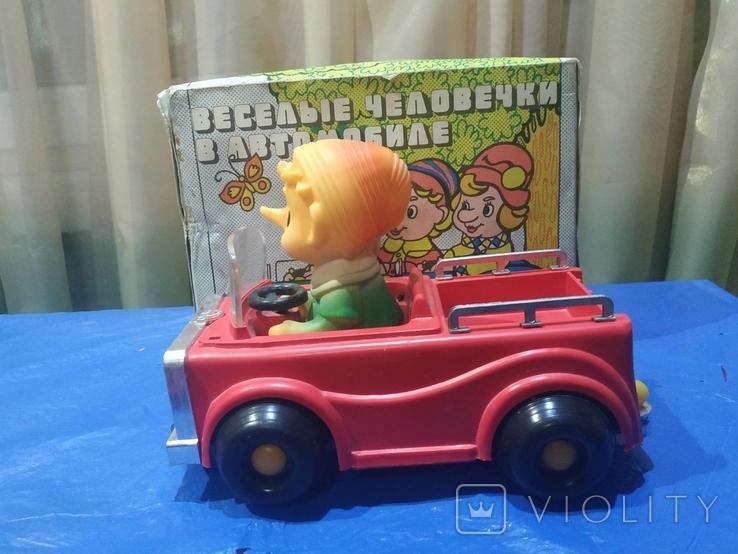 Электромеханическая машинка Буратино в автомобиле СССР в родной коробке, фото №2