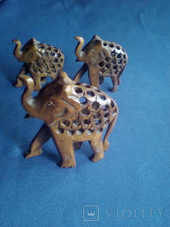 """Композиция """"Три слона с поднятыми хоботами"""" - символ процветания. Резьба по дереву, фото №2"""
