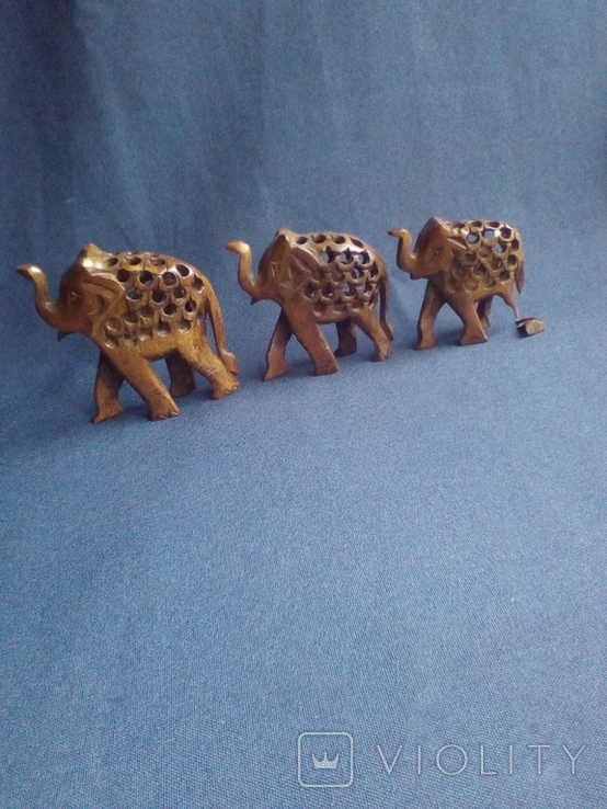 """Композиция """"Три слона с поднятыми хоботами"""" - символ процветания. Резьба по дереву, фото №4"""