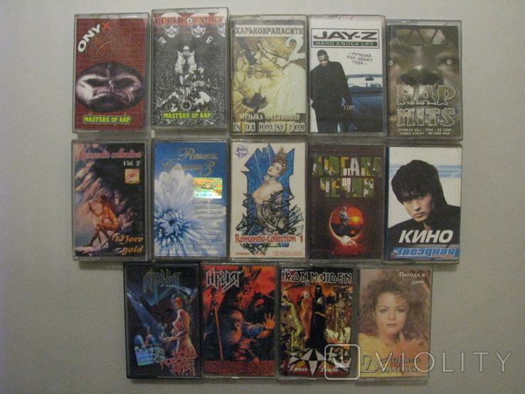 Аудиокассеты разных жанров и исполнителей + две синие., фото №2