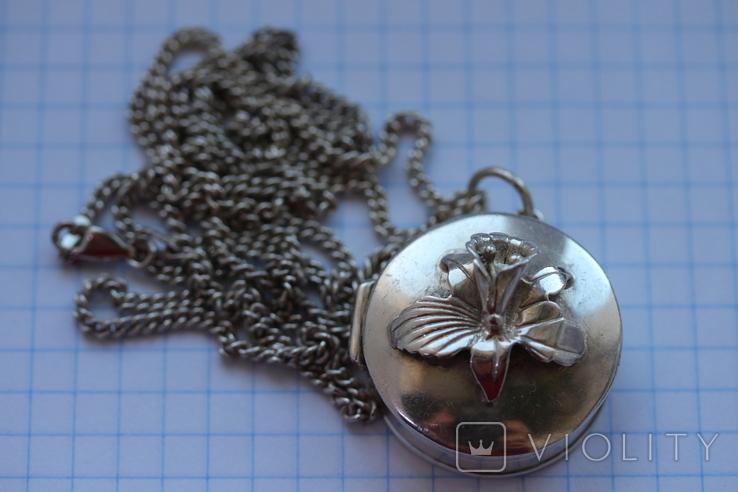 Серебряная цепь с открывающимся кулоном, фото №2