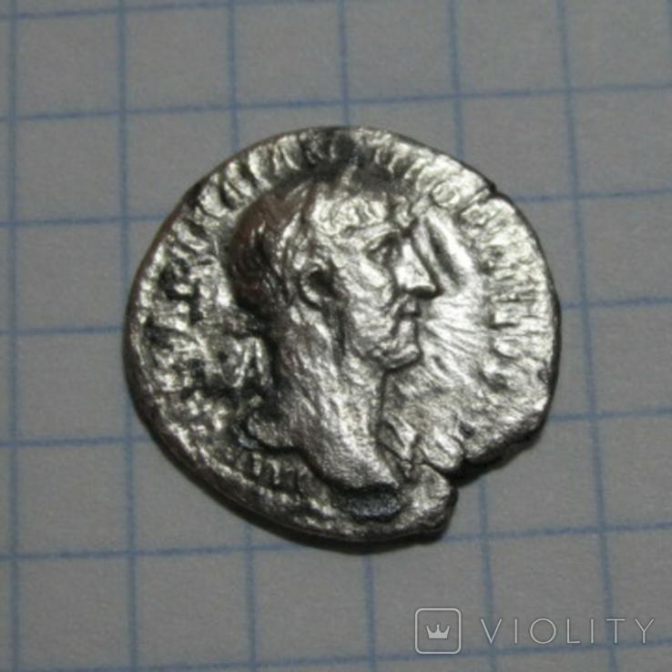 Денарии имп.Адриана, фото №2