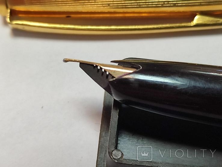 Ручка с золотым пером. Цена 15-70., фото №3
