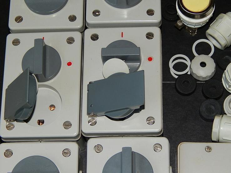Электрокомплект влаго пыле водо защитный для гаража и дачи, фото №6
