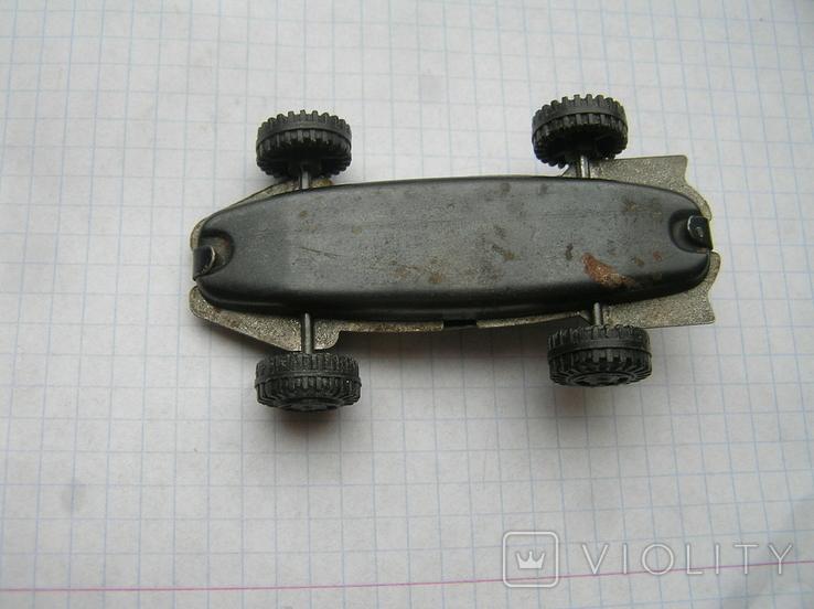 Машинка москва-80 с олимпийским мишкой номер 4, фото №4