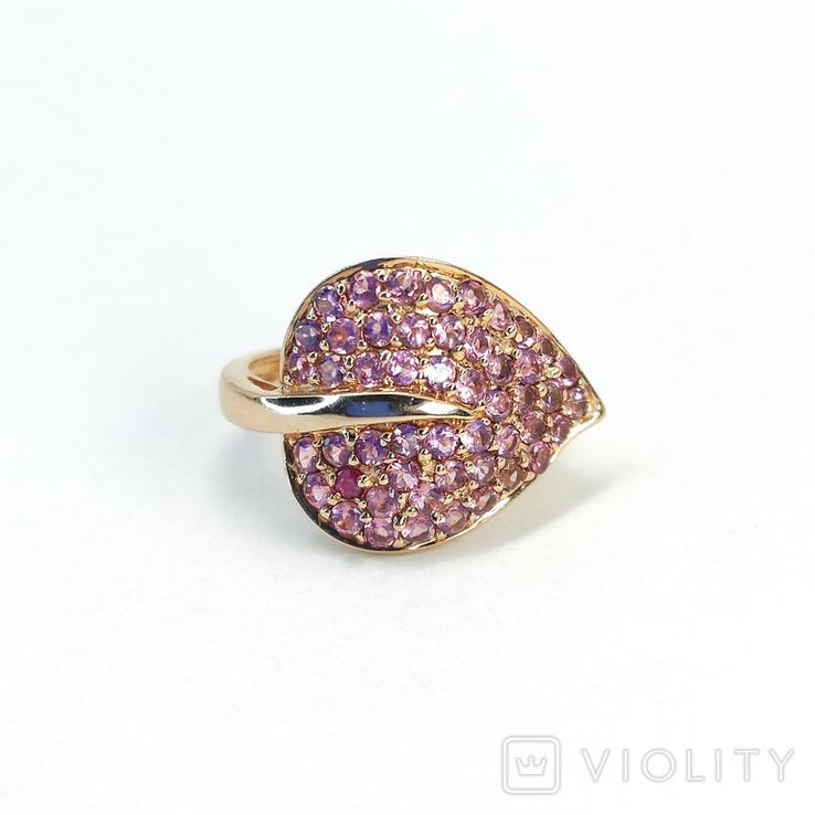 Винтажное золотое (10к) кольцо-листок с розовыми сапфирами