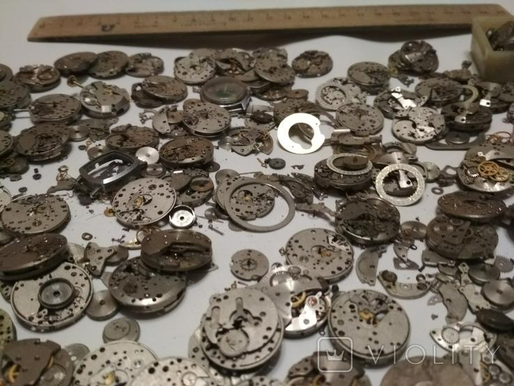 Механизмы или части механизмов к наручным часам Заря, фото №6