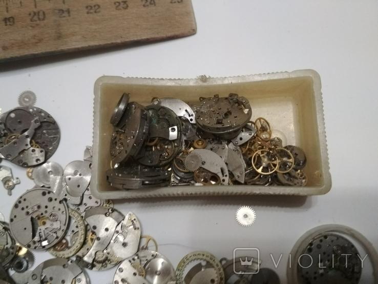 Механизмы или части механизмов к наручным часам Заря, фото №7