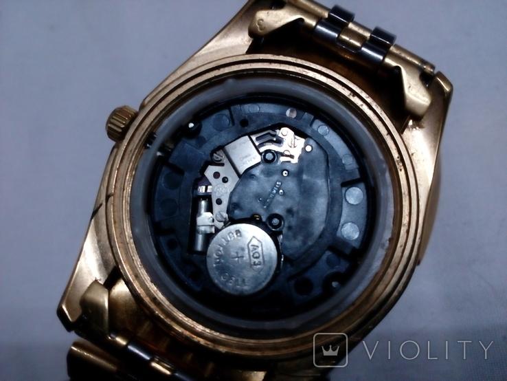 Часы GM в жёлтом корпусе с браслетом, фото №3