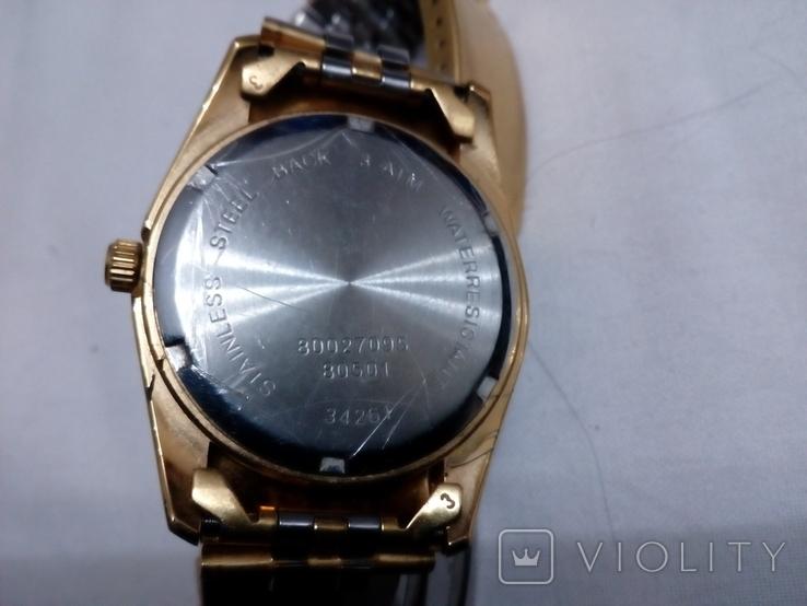 Часы GM в жёлтом корпусе с браслетом, фото №4