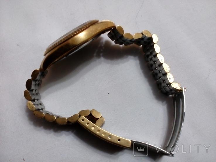 Часы GM в жёлтом корпусе с браслетом, фото №5