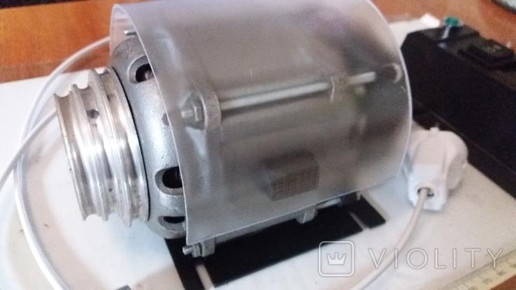 Электодвигатель для часового токарного станка, фото №3