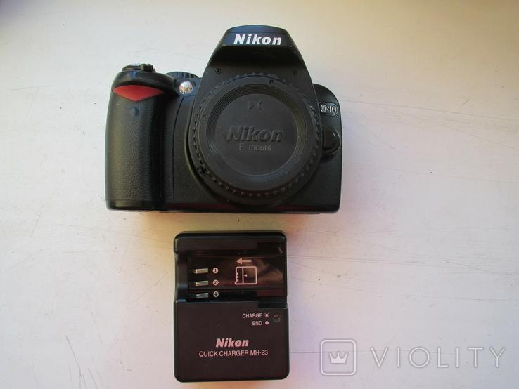 Фотоаппарат Nikon D40 + зарядное