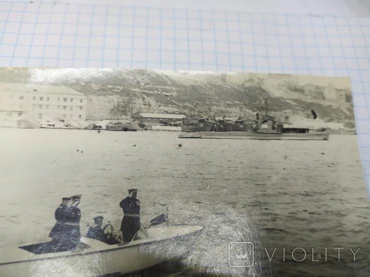 1950 Севастополь. Комбриг обходит строй подводных лодок в Южной бухте, фото №4