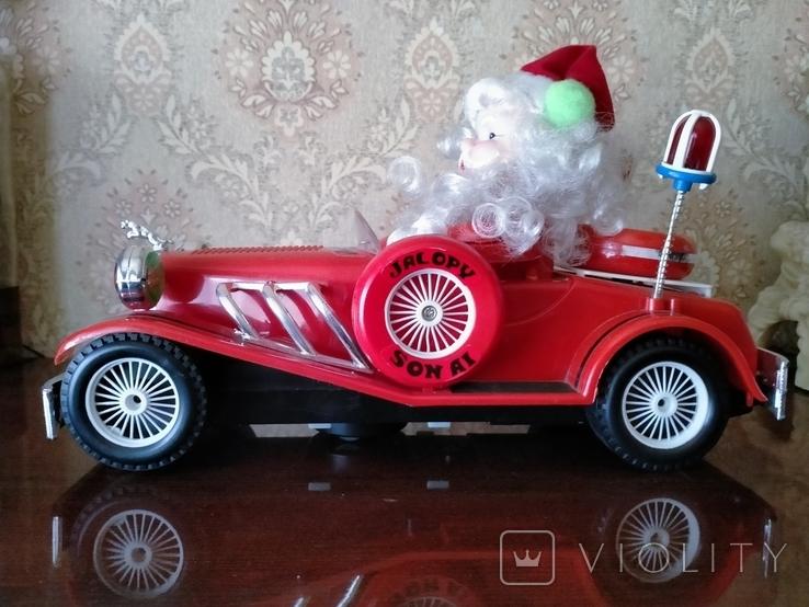 Дед Мороз в автомобиле, фото №3