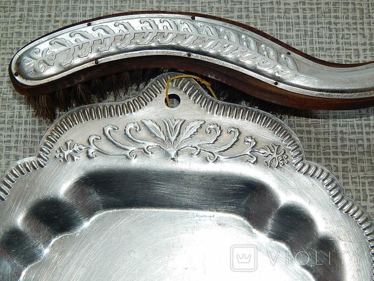 Старинные совок и щётка, фото №5
