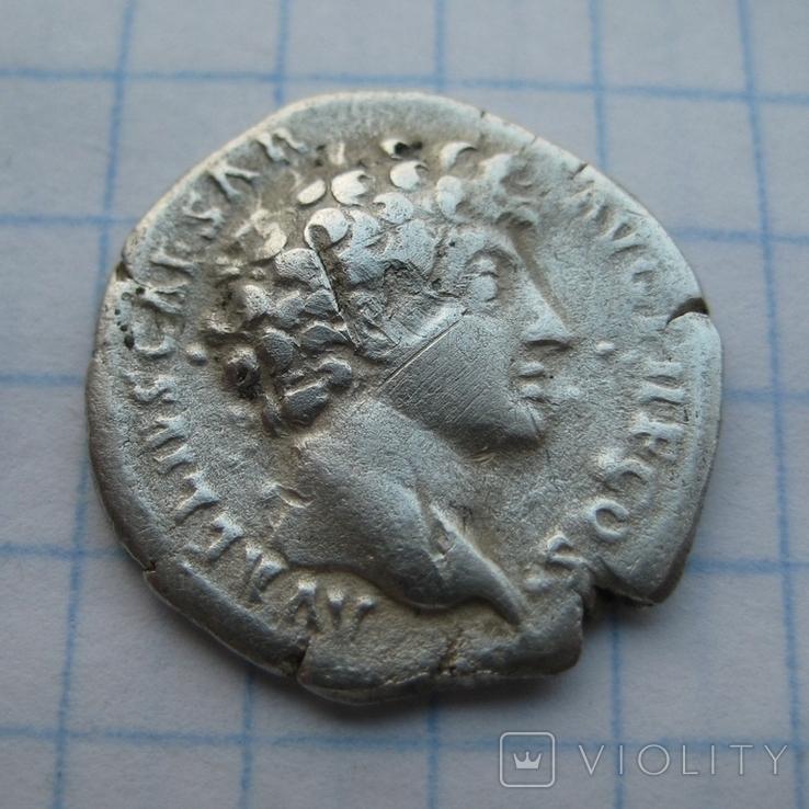Денарий, Марк Аврелий (реверс - жертовный набор), фото №2