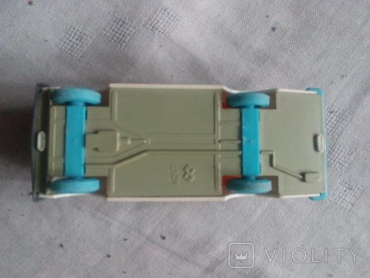 Модель легкового автомобиля СССР, фото №3