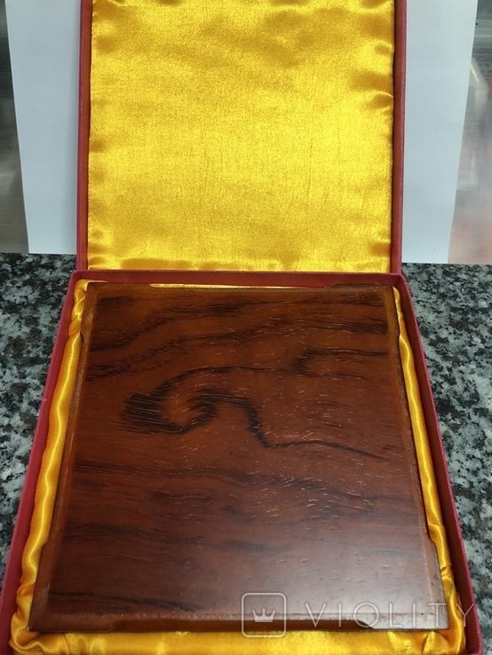 Металическая тарелка Великая китайская стена с деревянной подставке, фото №8