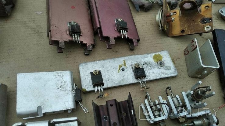 Радиаторы с радиодеталями - 1.2 кг., фото №12