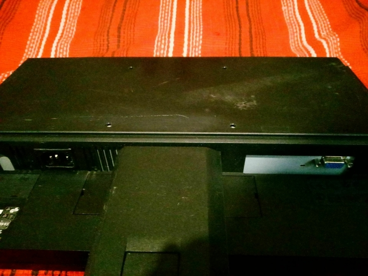 19 Монитор Acer V193HQ Wide, фото №4