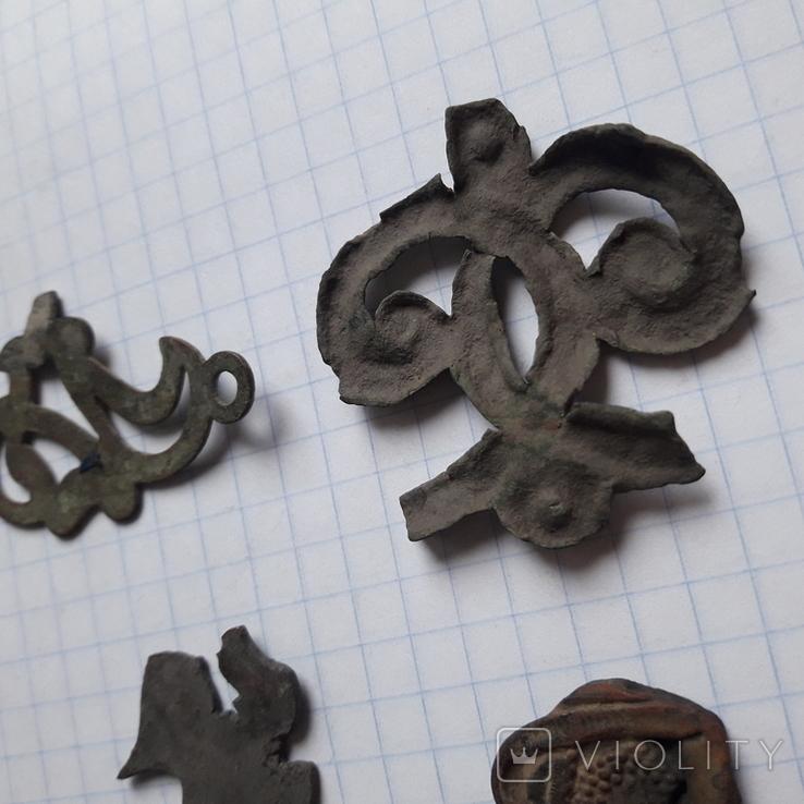Древние накладки для декора, фото №8
