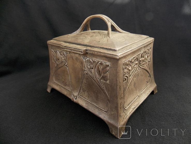 Немецкая серебряная шкатулка мастерской Вильгельма Биндера 800*, фото №4