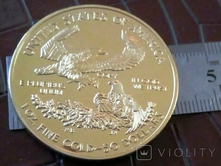 50 доларів США 2016 року,   магнітний, копія   (позолота 999), фото №3
