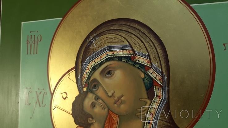 Икона Владимировская в подарочном футляре. Размер иконы 30 на 27 см, фото №5