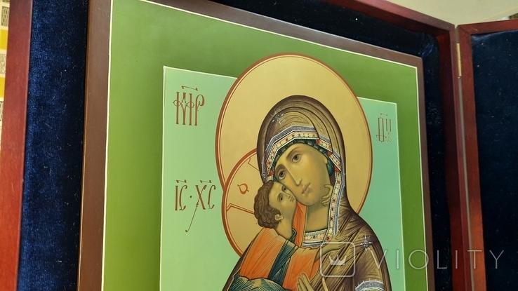 Икона Владимировская в подарочном футляре. Размер иконы 30 на 27 см, фото №6