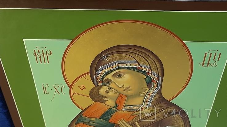 Икона Владимировская в подарочном футляре. Размер иконы 30 на 27 см, фото №11