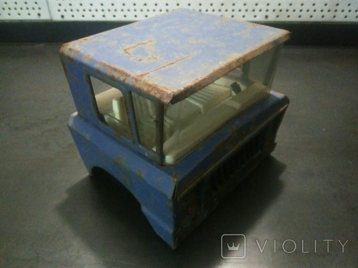 Кабина от ретро игрушки машинка грузовик СССР, логотип LADA, фото №2