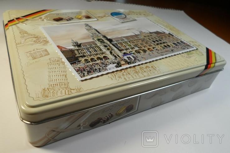"""Коробка конфетная """"Мюнхен"""", жесть. Без повреждений., фото №2"""