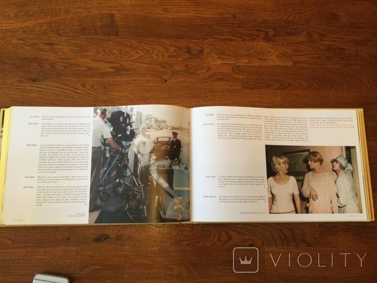 Книга о фильме: в джазе только девушки (название по версии СССР), фото №10