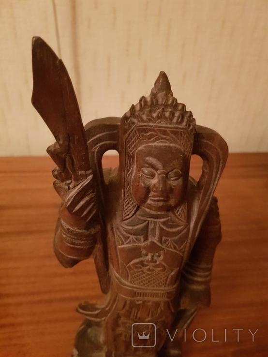 Статуетка Воин из красного дерева, фото №3