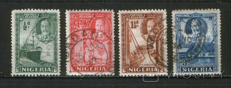 Брит. колонии. 1935. Нигерия. Корабль, сбор кокоса, рыбацкая деревня Лот 4 шт.
