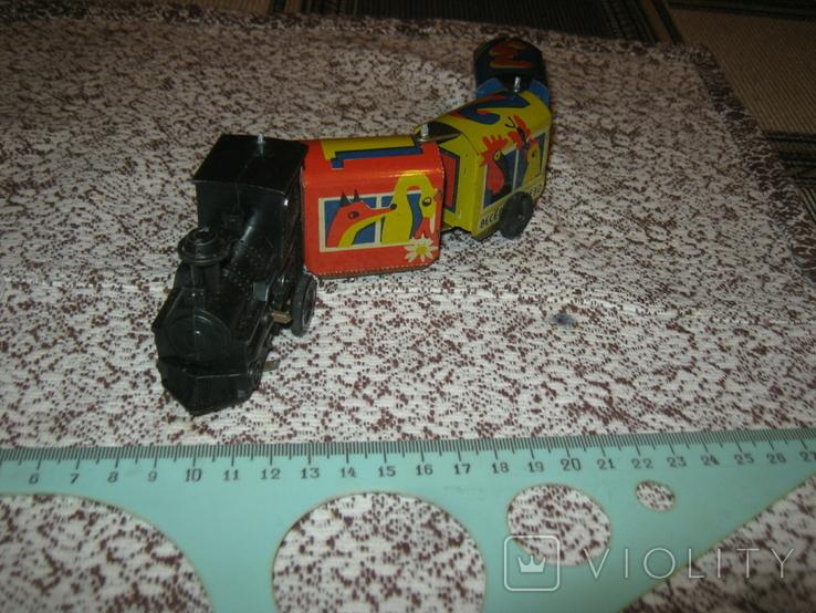 Заводной поезд,СССР. Пластик,сталь. Работает, фото №4