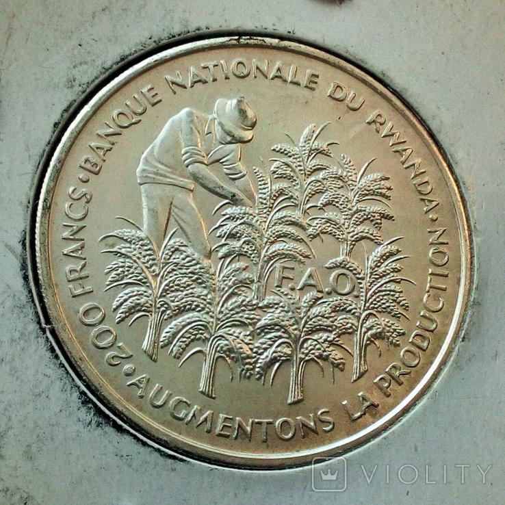 Руанда 200 франков 1972 г. - 10 лет Независимости, фото №6