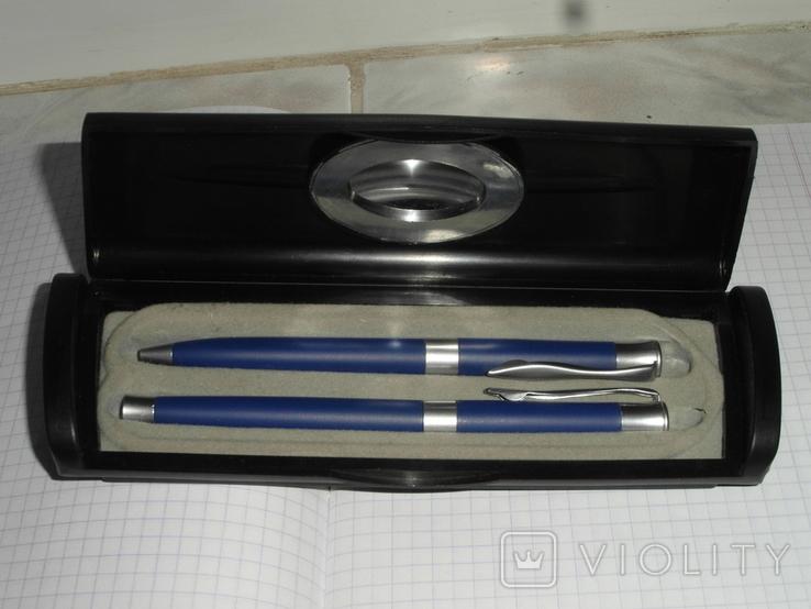 Подарочный набор ручек в футляре-коробке.pierre cardin, фото №2