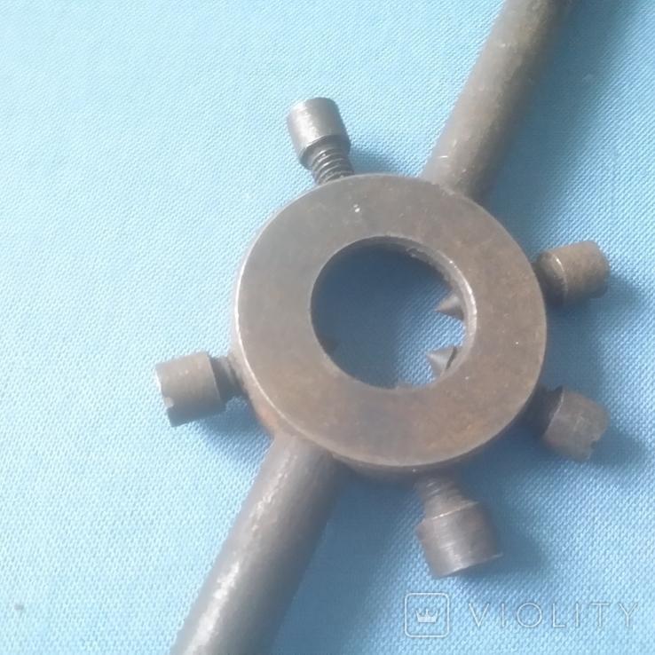 Плашкодержатель Леркодержатель 25 мм советский новый Заводское изготовление, фото №6