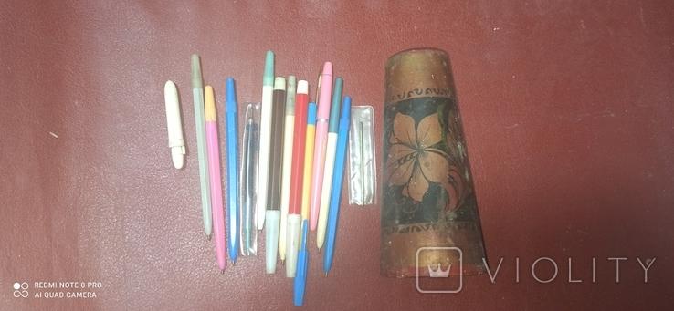 Ручки и подставка под них, фото №2
