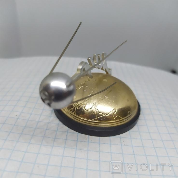 Настольный сувенир 1957 Полет первого Спутника вокруг Земли. СССР. Космос, фото №7
