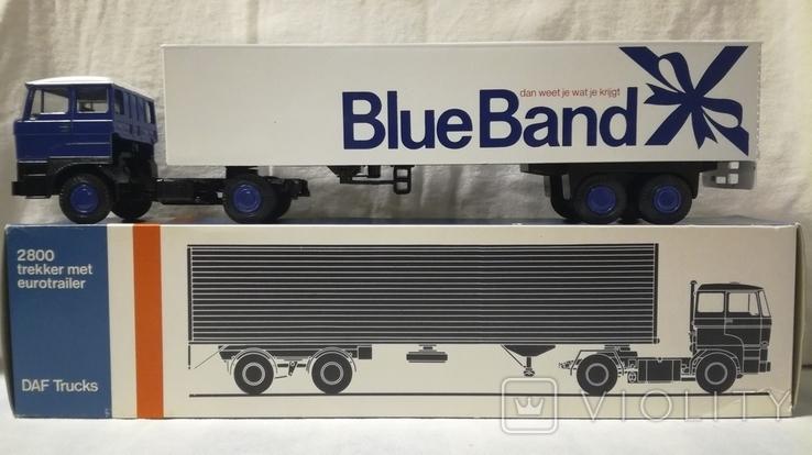 Тягач, Грузовик Lion Car 1/50 Scale No.36 - DAF Truck Trailer - Blue Band, Holland, фото №3