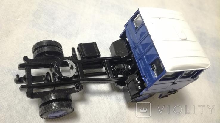 Тягач, Грузовик Lion Car 1/50 Scale No.36 - DAF Truck Trailer - Blue Band, Holland, фото №11