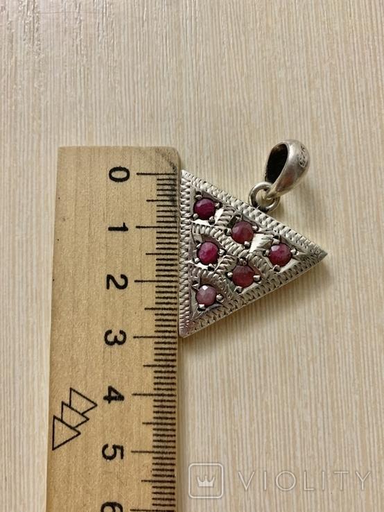 Винтажный серебряный треугольный кулон с рубинами, фото №4