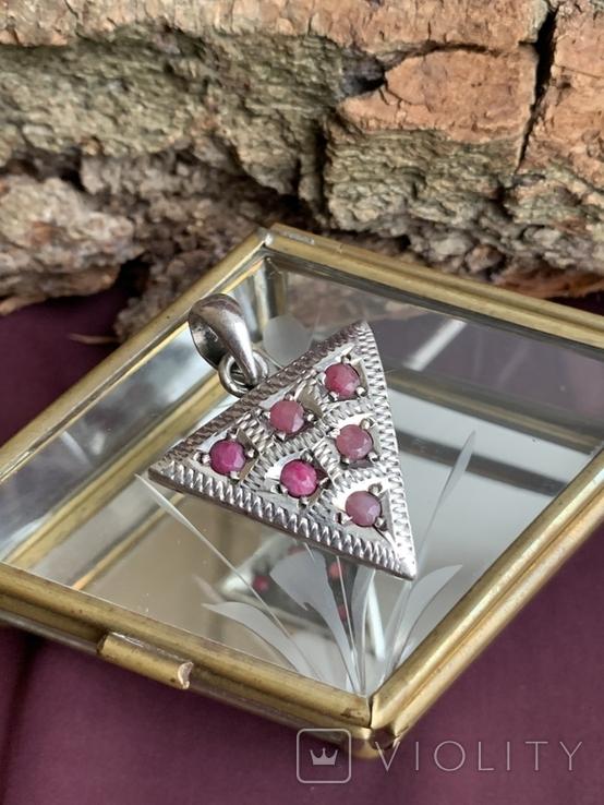 Винтажный серебряный треугольный кулон с рубинами, фото №7