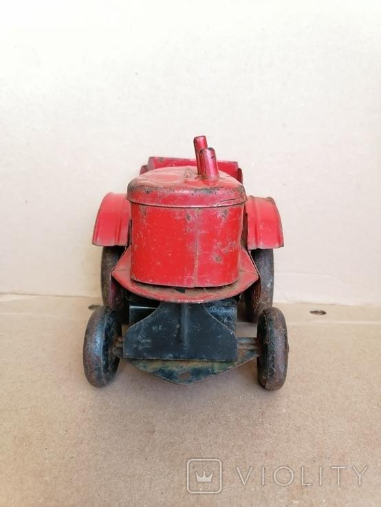 Красный железный трактор СССР, фото №3