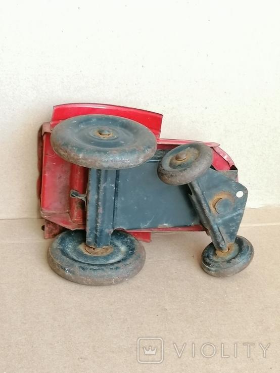 Красный железный трактор СССР, фото №8