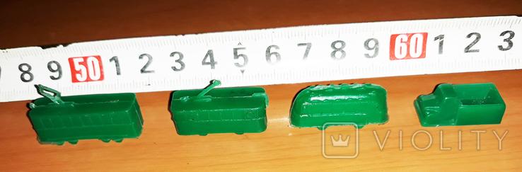 Мини- модели  городского транспорта, зелёные -4 шт