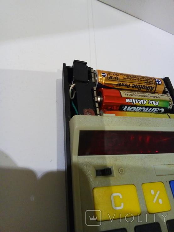 Калькуляторы Электроника Б3-23 в чехле и Sharp, фото №5
